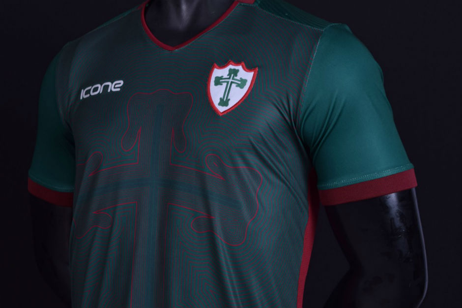 Terceira camisa da Lusa começa a ser vendida no Canindé be4a8d07b2803